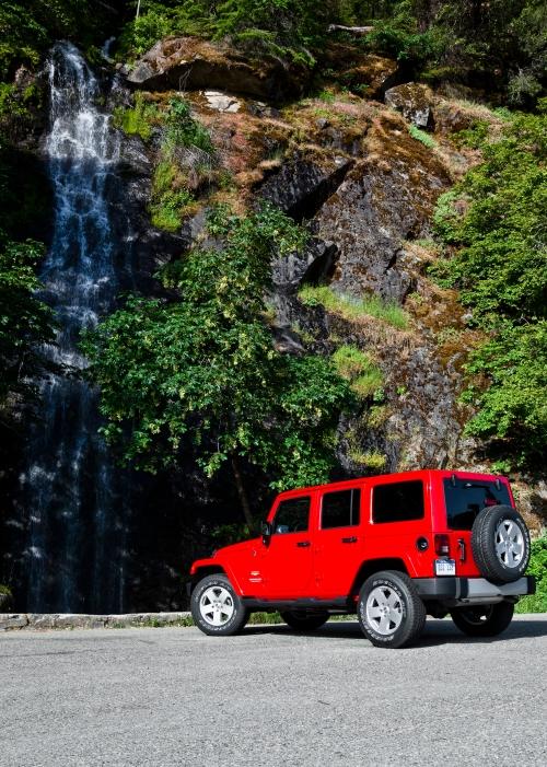 2013 Jeep Wrangler Unlimited Sahara rear 3/4