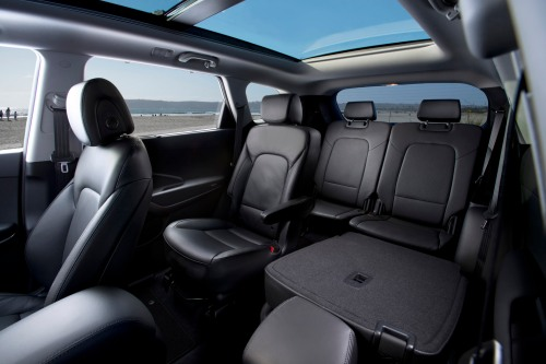 2013 Hyundai Santa Fe long wheelbase interior