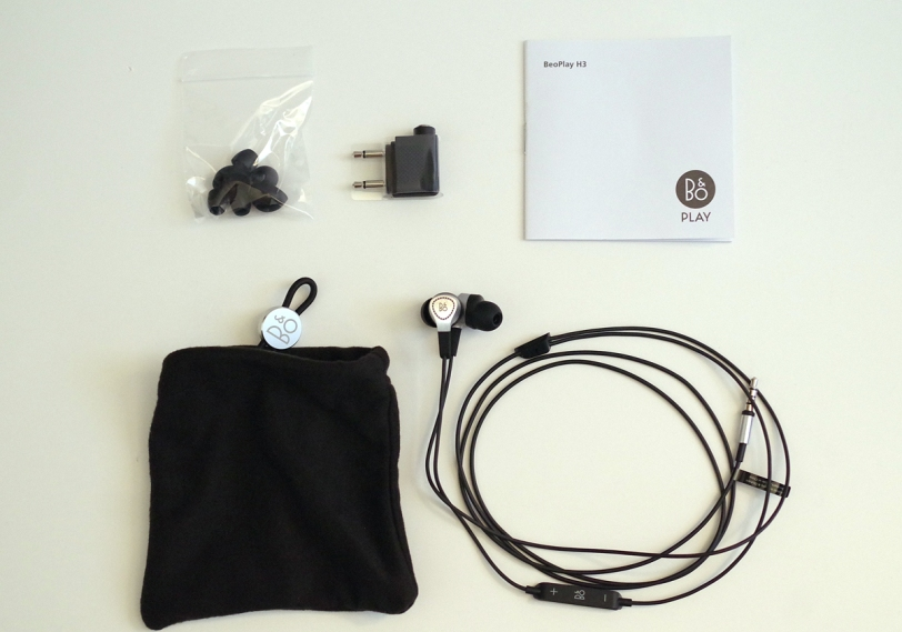 BeoPlay H3 box contents