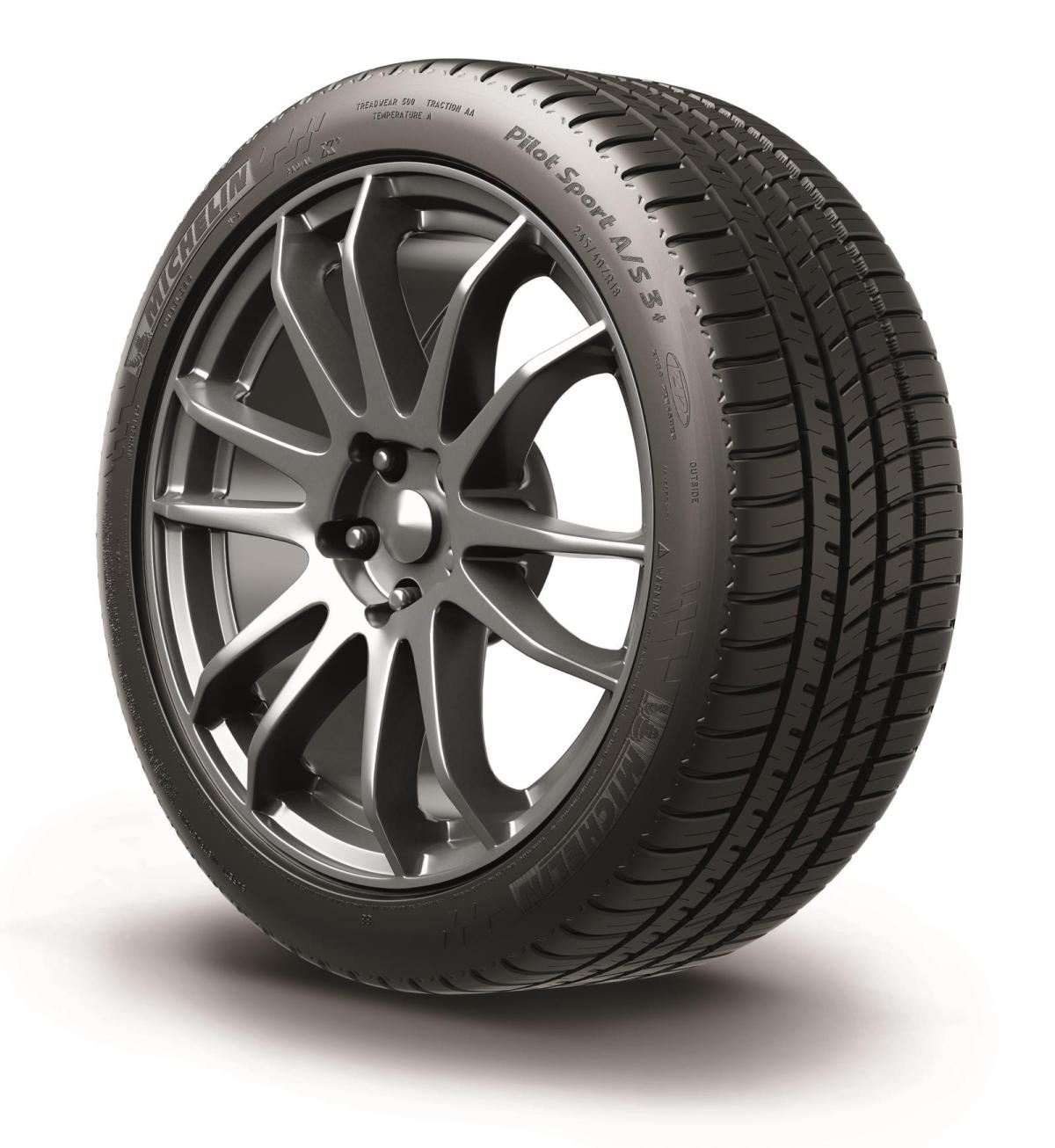 Michelin Pilot Sport AS 3+ angle