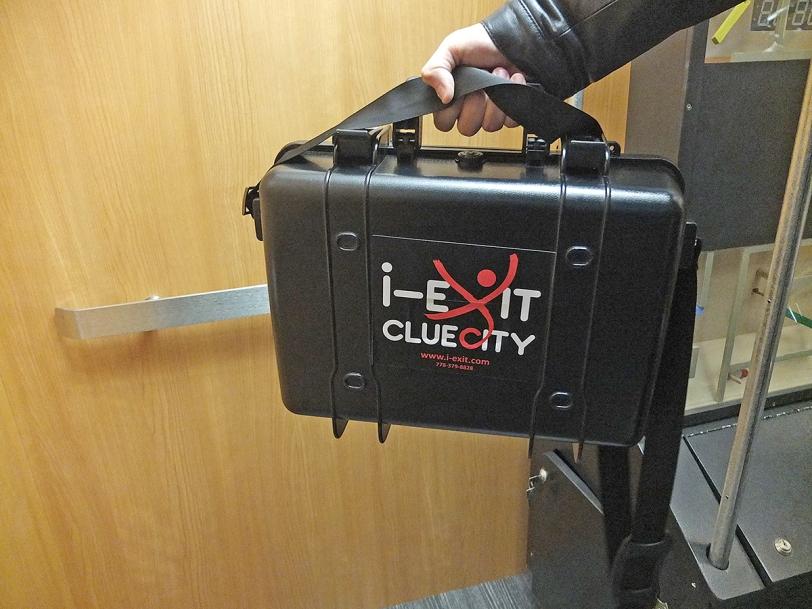i-exit cluecity operation mindfall briefcase
