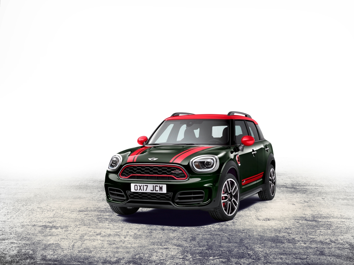 2018 mini john cooper works countryman front three quarter