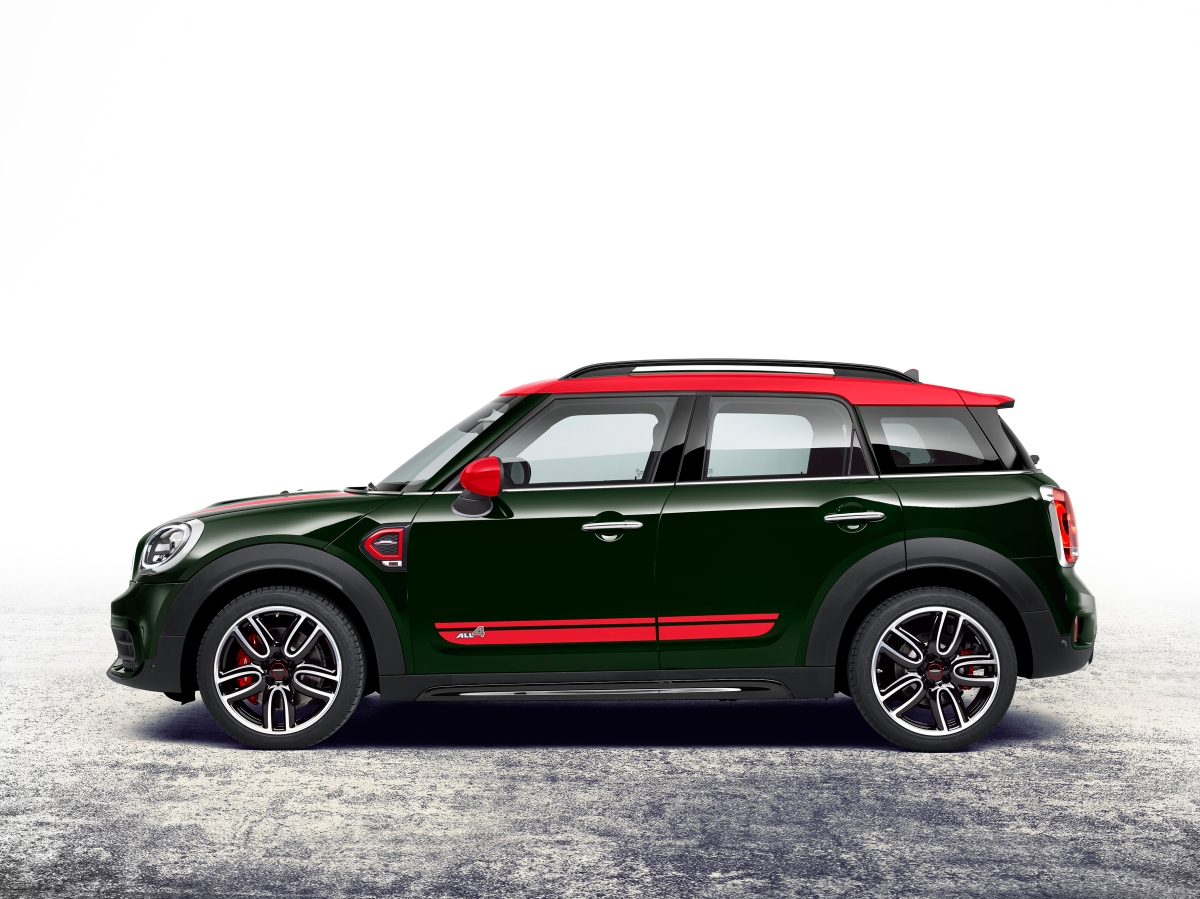 2018 mini john cooper works countryman side