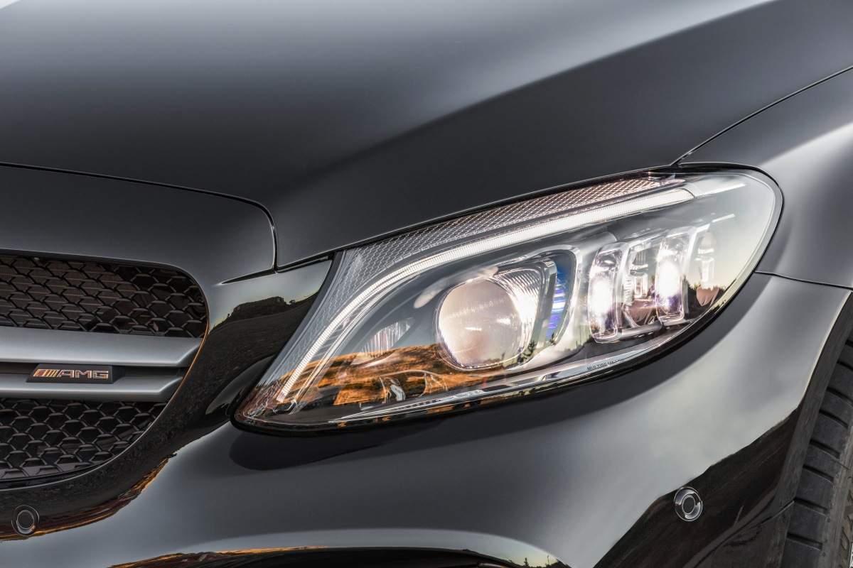 2019 mercedes-amg c 43 wagon headlight