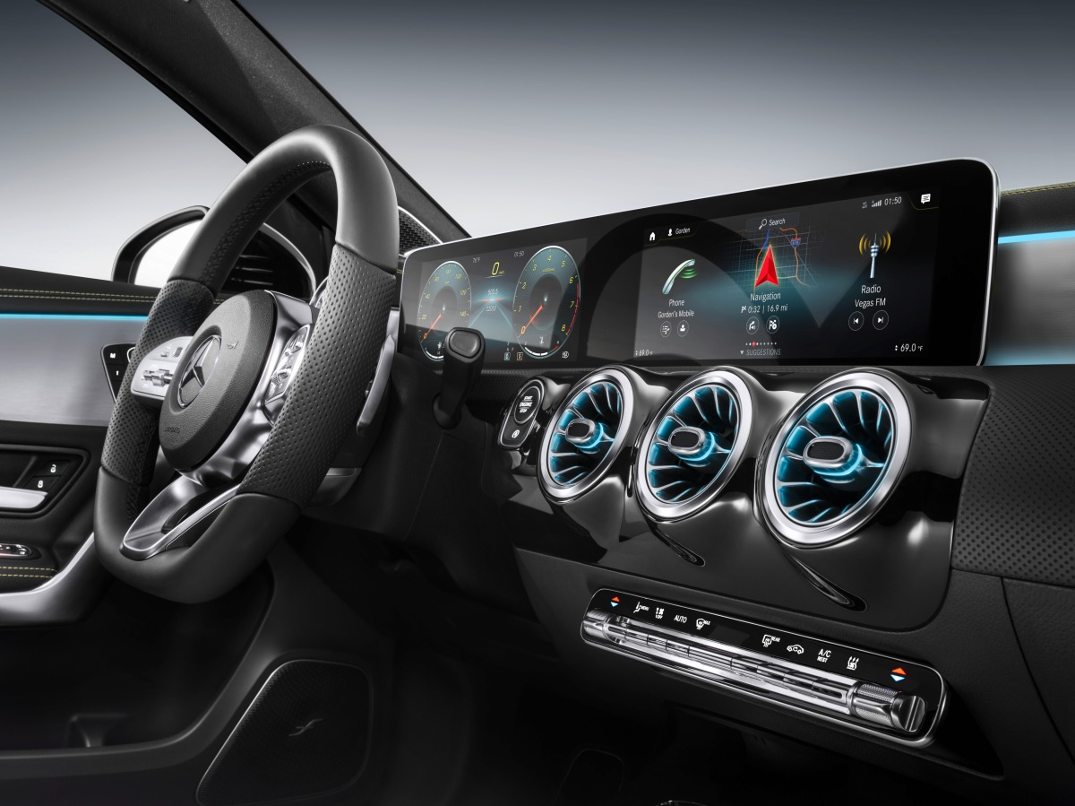 2019 mercedes-benz a 250 interior