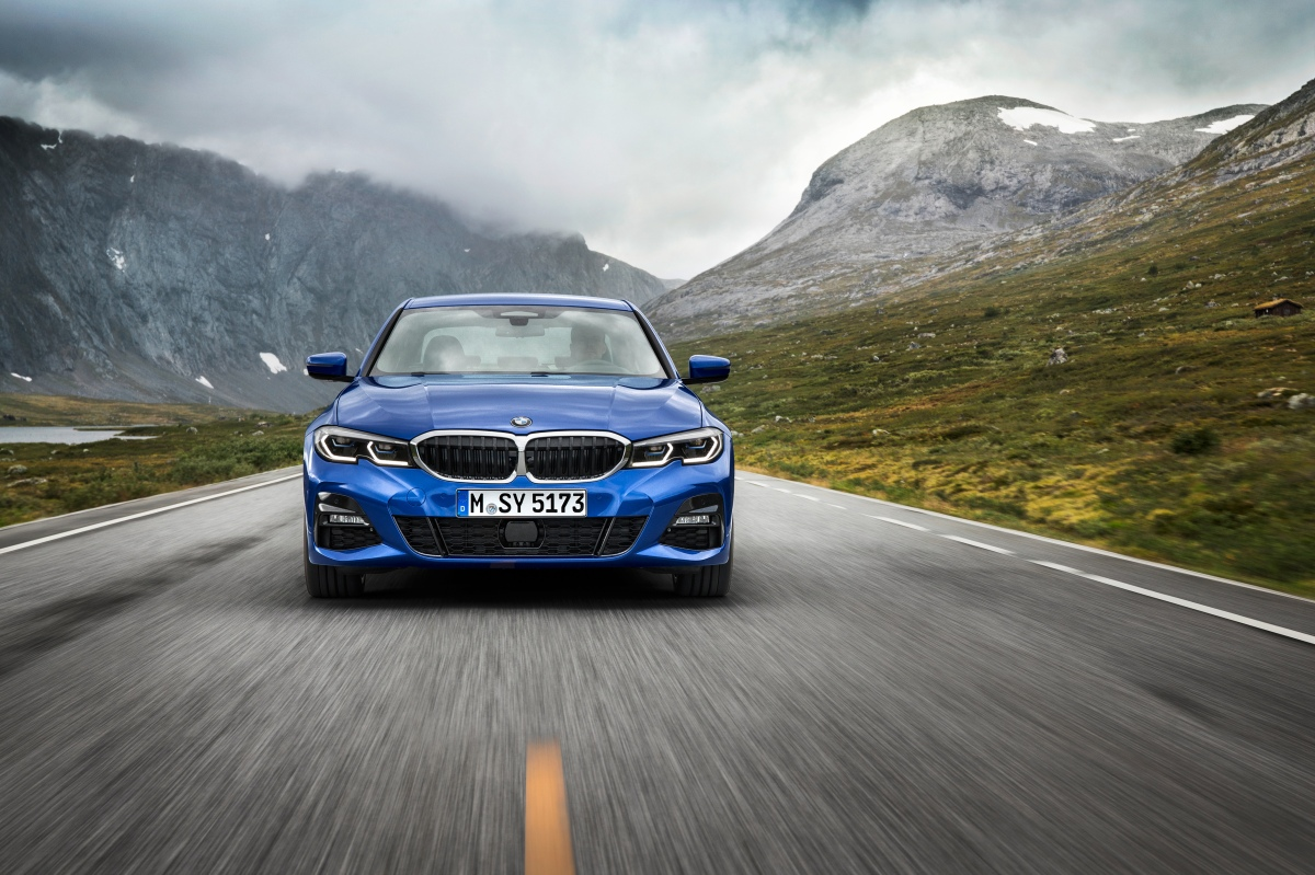 2019 bmw 3 series front